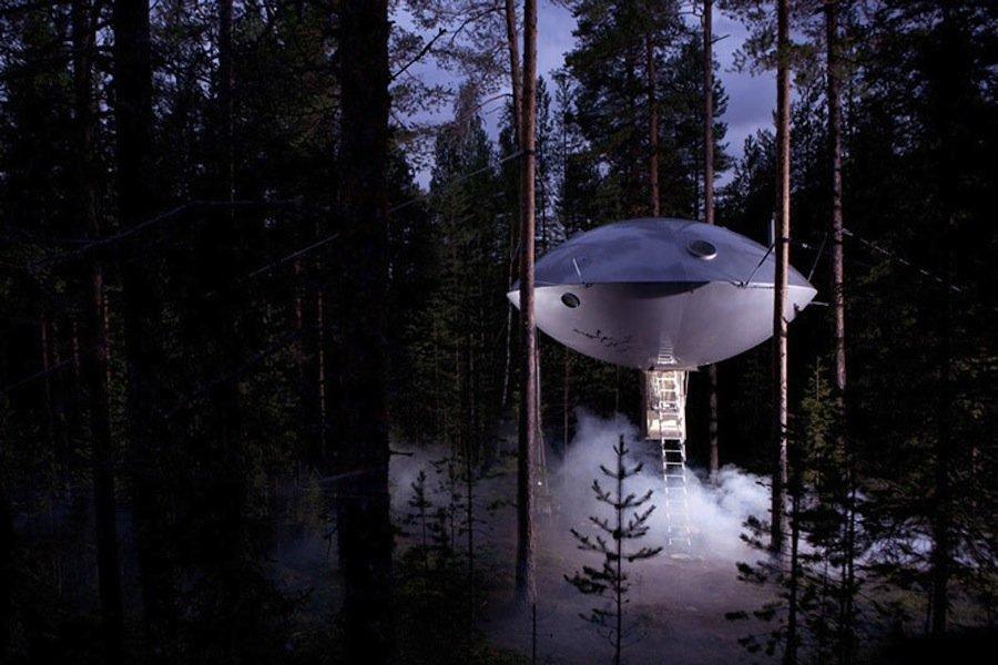 11 домов-космических кораблей, в которых можно жить на Земле