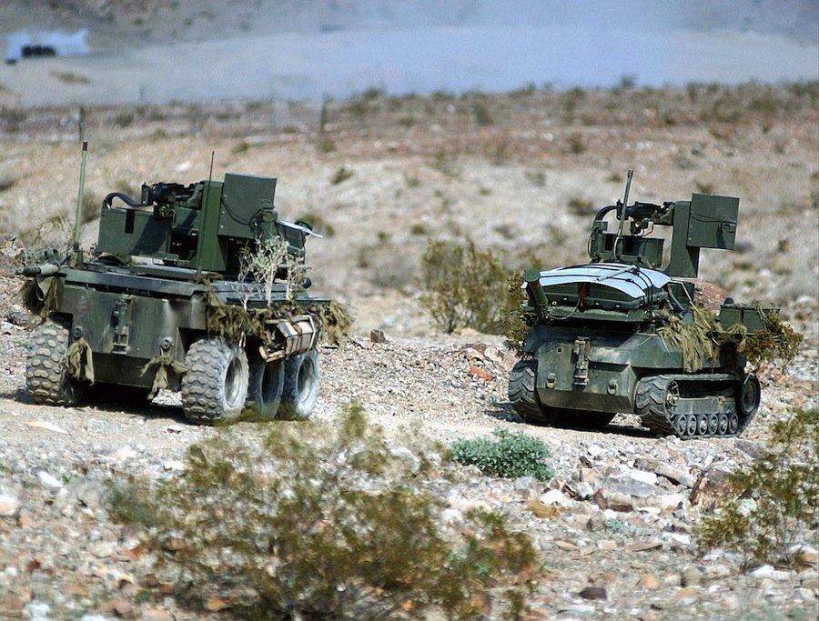 военных роботов, о которых