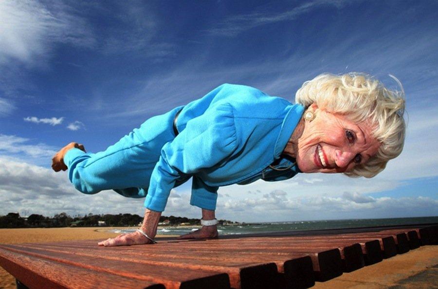 Бабушка впервые взяла в рот смотреть бесплатно фото 587-58