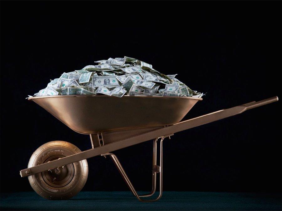 Продажа грязи, сервис обнимашек и ещё 8 самых странных способов заработать деньги