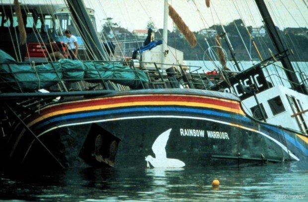 5 самых интересных и скандальных акций активистов «Greenpeace»
