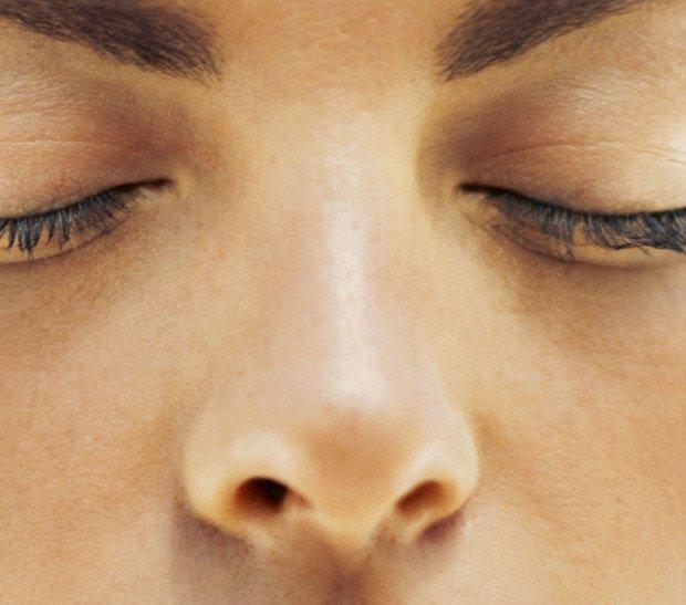 5 способов освободиться от малоприятного аромата изо рта, которые на самом деле помогут