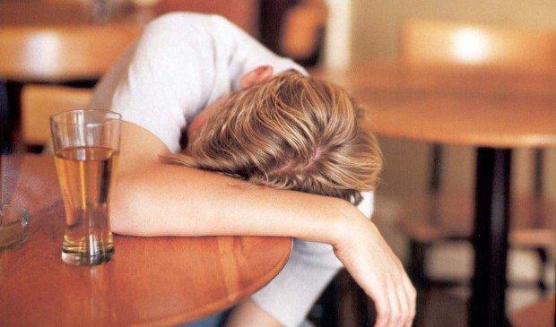 Алкоголизм – болезнь; но она излечима