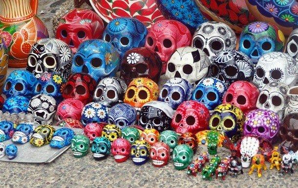 Раскрашенные мексиканские черепа