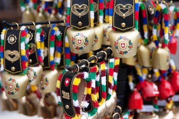 Сувенирные швейцарские колокольчики
