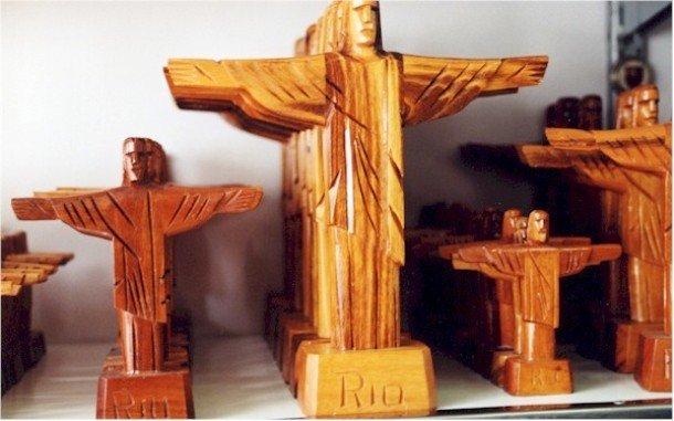 Статуэтка Христа-искупителя
