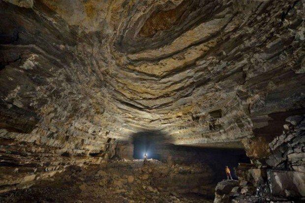 Пещера Эр Ван Дог в Китае
