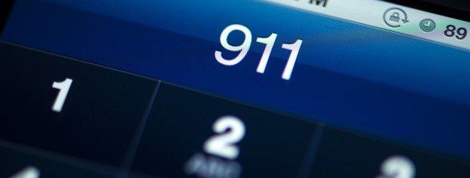 911 на экране телефона