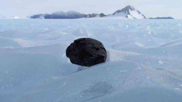 Метеорит в Антарктиде