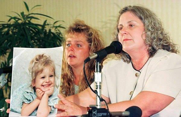 Паула Джонсон на пресс-конференции