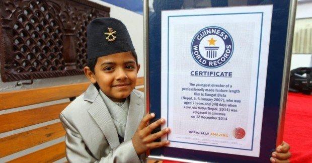 Саугат Биста с сертификатом
