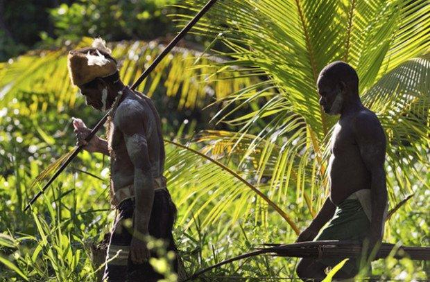 Мужчины из племени форе