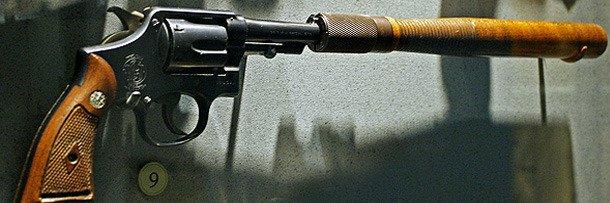 Smith&Wesson Model 10 - револьвер с дубинкой