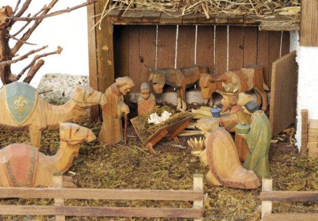 Статуэтки, показывающие рождение Иисуса