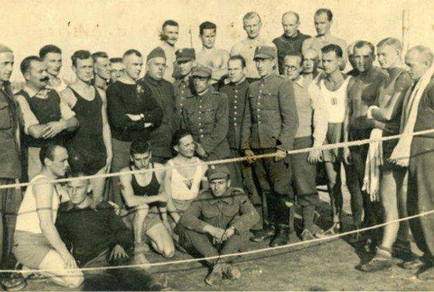 Военные и пленные Добегневского лагеря, участвовавшие в спортивных играх