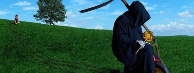 9 нелепых смертей из-за предметов, упавших жертвам на голову