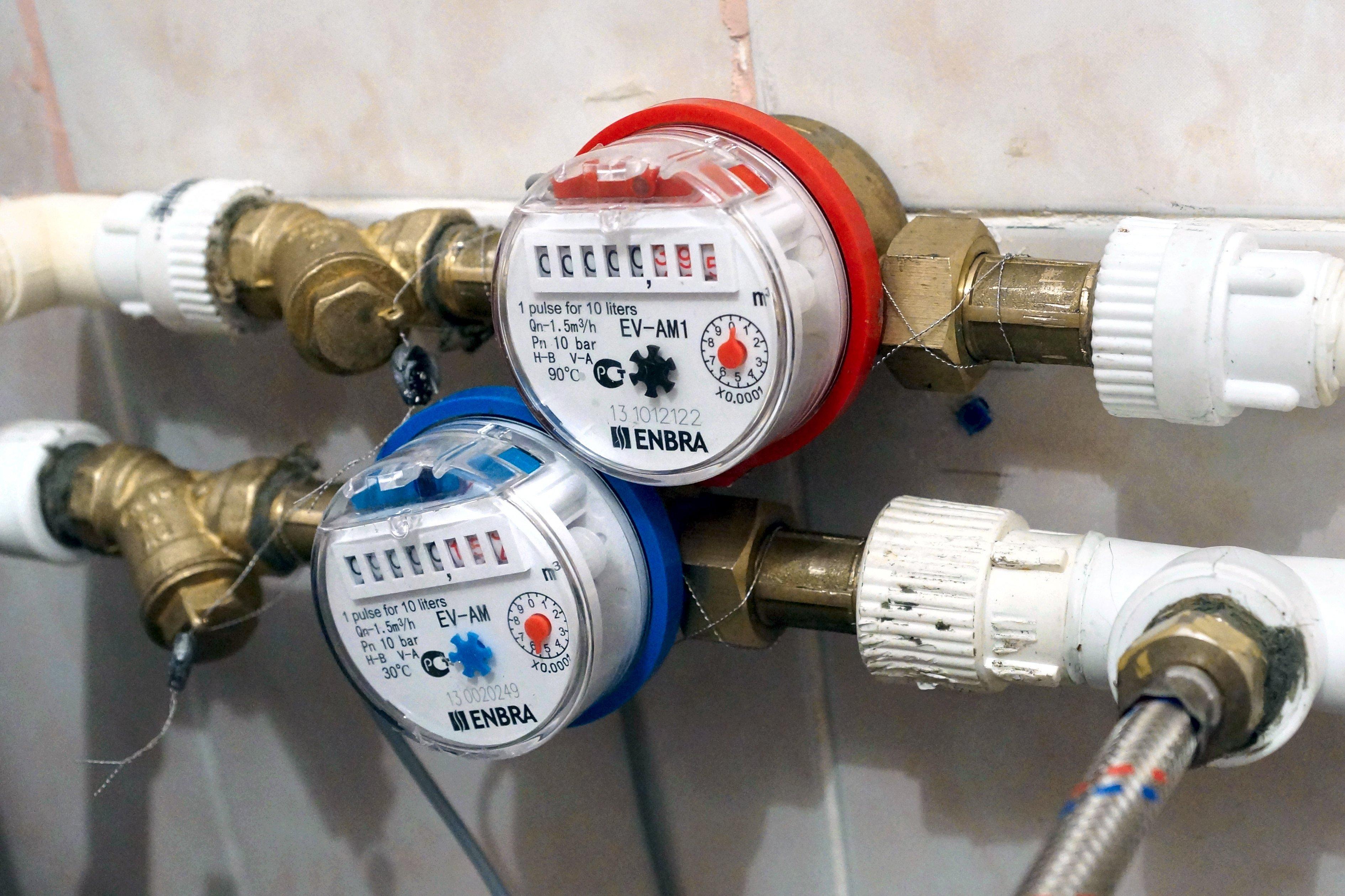 Профессиональная установка водосчетчиков в Москве МосВодоУправлением