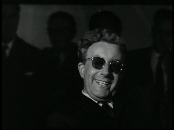Кадр из фильма Доктор Стрейнджлав