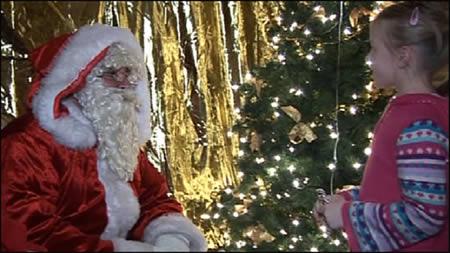 Санта Клаус и девочка