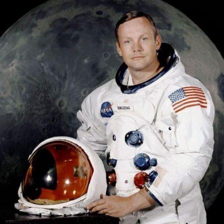 Смерть Нил Армстронга