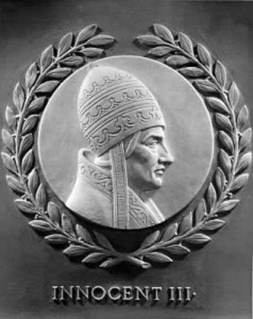 Барельеф Иннокентия III
