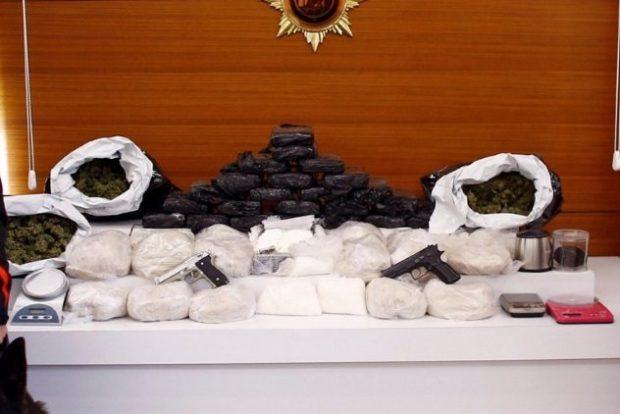 Контрабанда оружия и наркотиков