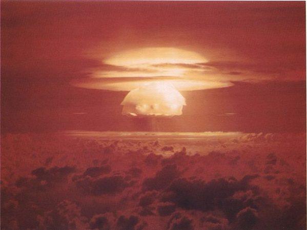 Мега-бомба