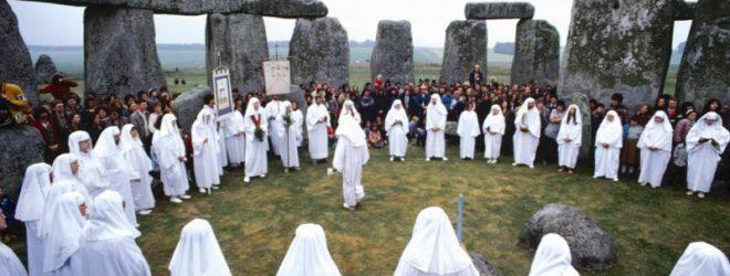 25 самых безумных и странных вероисповеданий, распространенных по миру