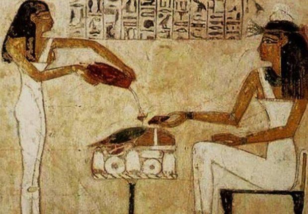 Египтяне пьют пиво