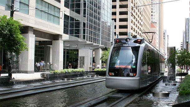 Наземное метро в Далласе