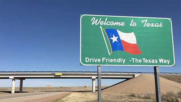 Информационный щит на границе Техаса