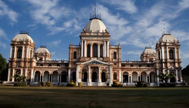 Нур Махал, Пакистан