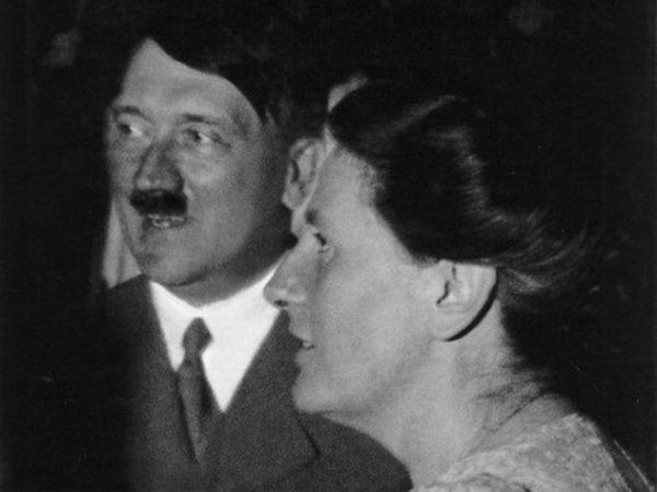 Винифред Вагнер и Адольф Гитлер