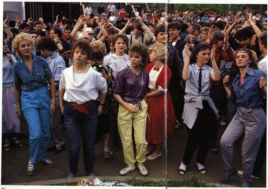 4 способа раздобыть джинсы, придуманных гражданами СССР (и чего им это стоило)