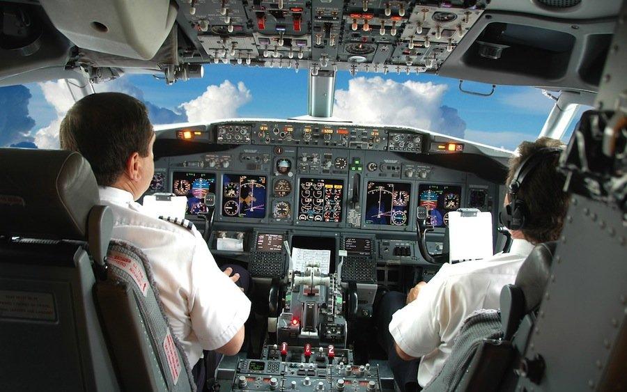 5 популярных мифов об авиакатастрофах, в которые все верят благодаря голливудским блокбастерам