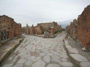 8 удивительных разрушенных городов, которые остаются загадкой по сей день