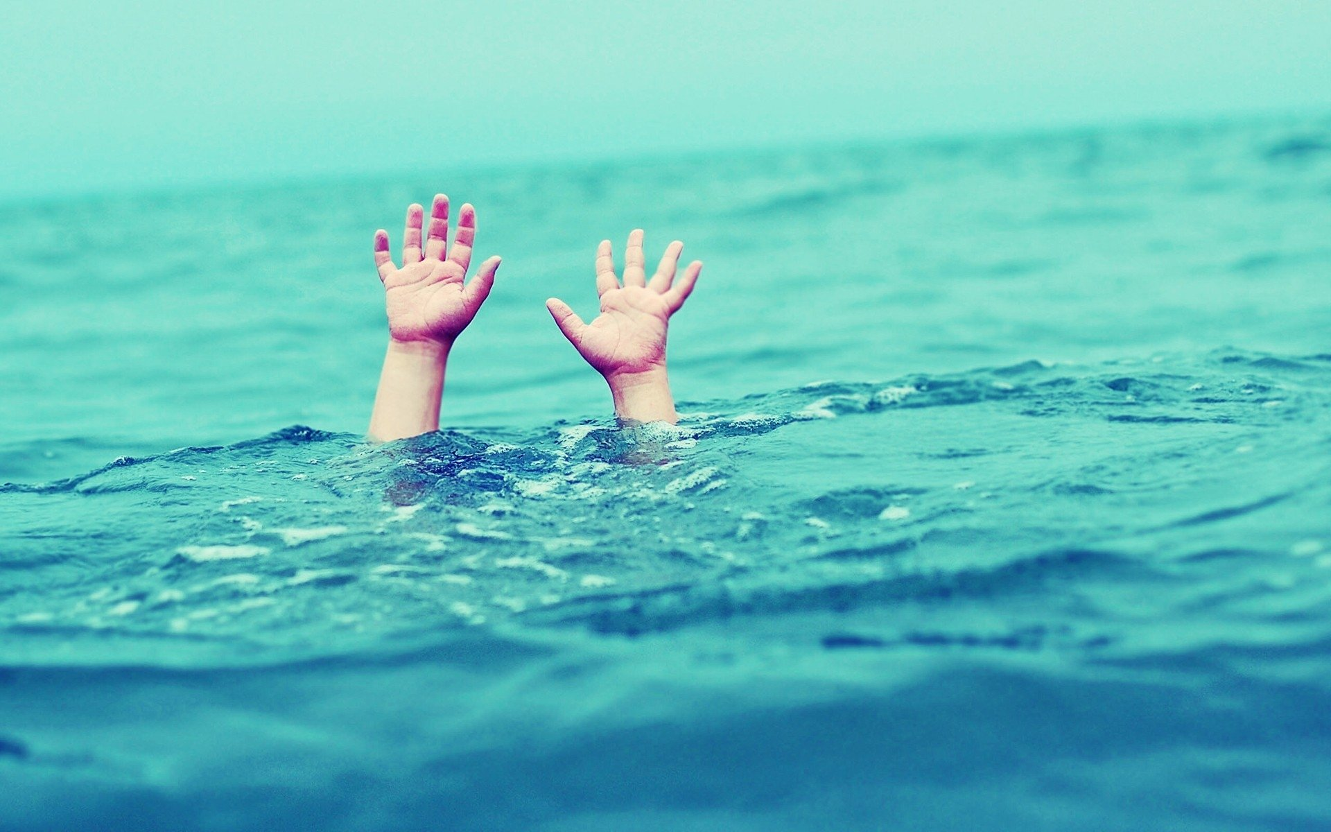5 самых глупых мифов о выживании в страшных катастрофах