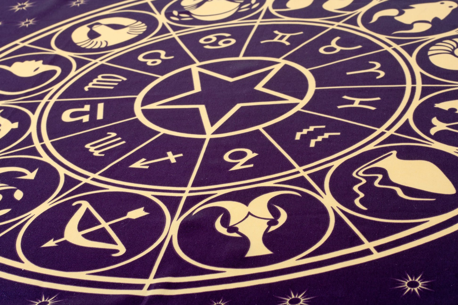 10 most unexpected uses of astrology