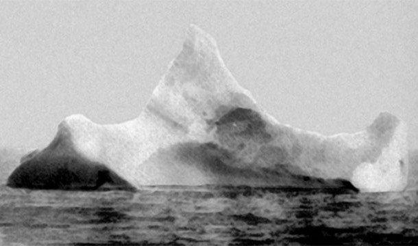 """Айсберг, с которым столкнулся """"Титаник"""""""