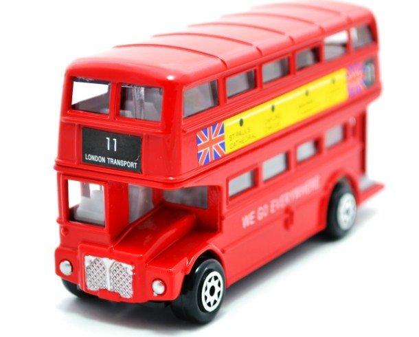 Модель двухэтажного автобуса