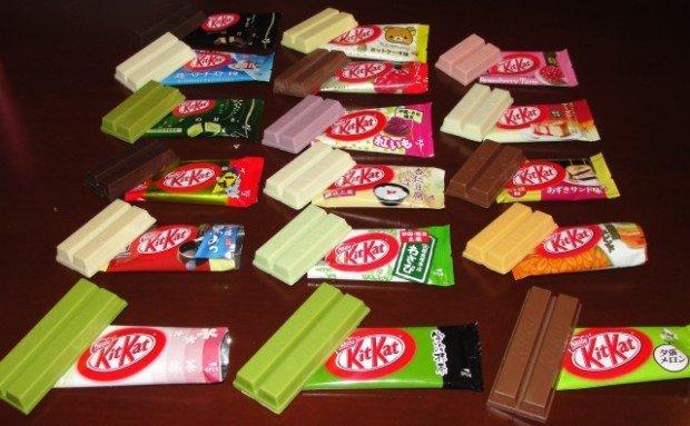 Шоколадки Кит-Кат разных цветов