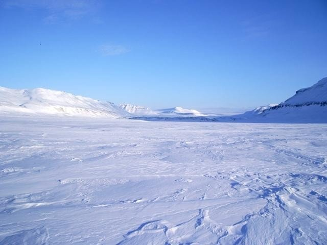 Антарктида снежная пустыня