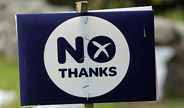 Надпись на табличке: NO thanks