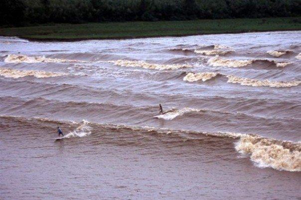 Бразильская волна - самая длинная на Земле