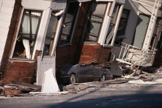 Последствия мощного землетрясения