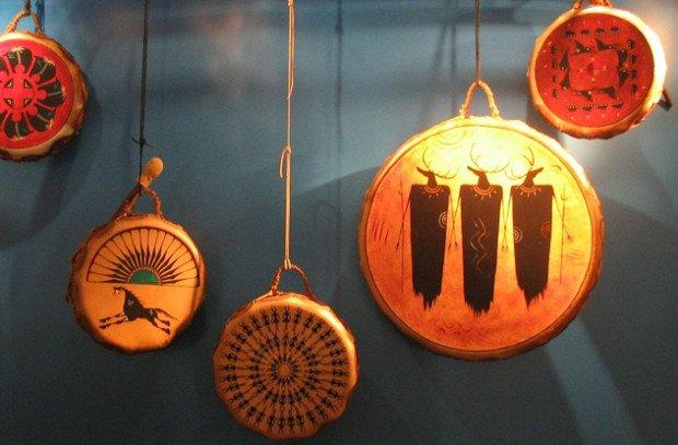 Древние барабаны