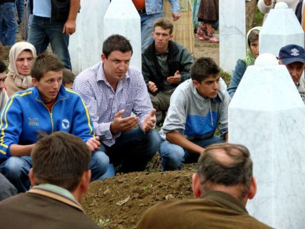 Резня в Сребренице