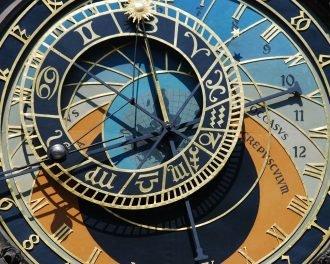 10 наиболее бестолковых путешественников во времени