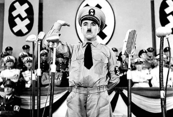 Кадр из фильма Великий диктатор