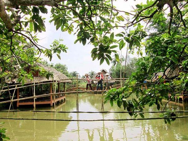 Обезьяний мост, Вьетнам